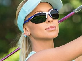 Woman-Oakley-Golf