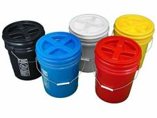 colored buckets w omega lids - 5 gal