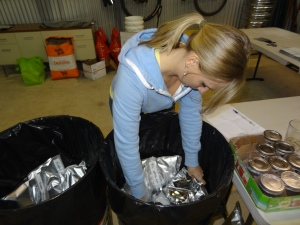 woman_filling-steel_can_w_mylar_food_bags
